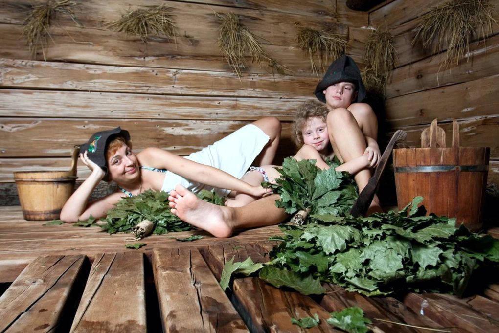 Полки в русской бане