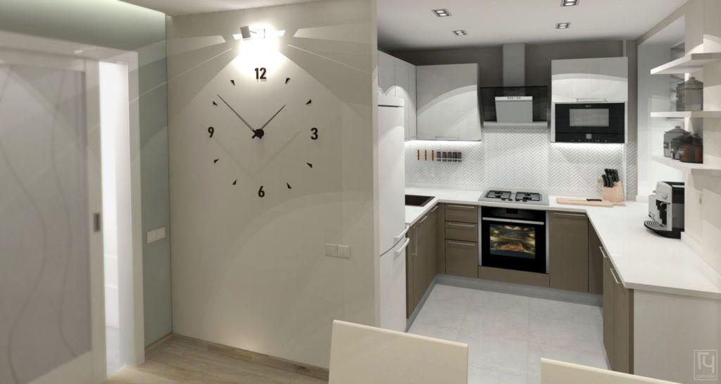 Часы на стене квартиры
