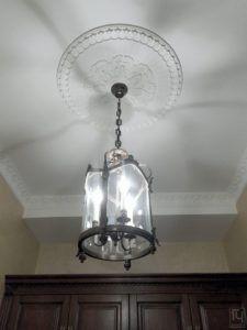 Классический светильник